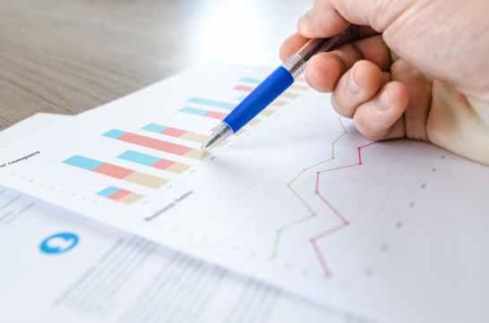chart close up data desk